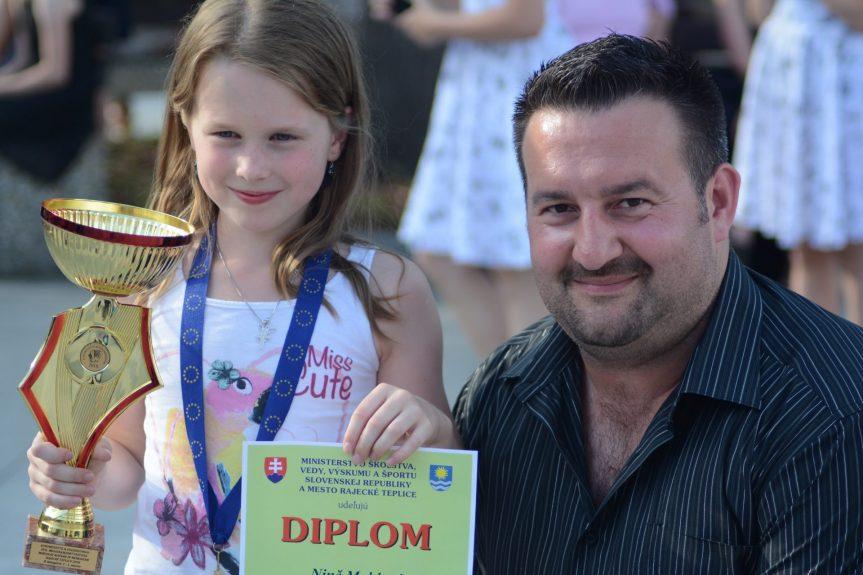 Nina Mahlová zvítězila na mezinárodní soutěži ve hře na akordeon